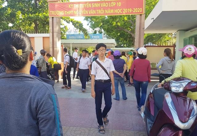 Tuyển sinh lớp 10 Khánh Hòa: Thí sinh vui mừng vì đề Toán dễ - 2