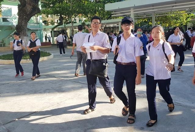 Tuyển sinh lớp 10 Khánh Hòa: Thí sinh vui mừng vì đề Toán dễ - 4