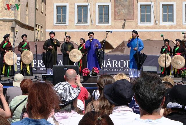 Ấn tượng văn hóa Việt Nam tại Lễ hội các dân tộc thiểu số toàn Séc - 3