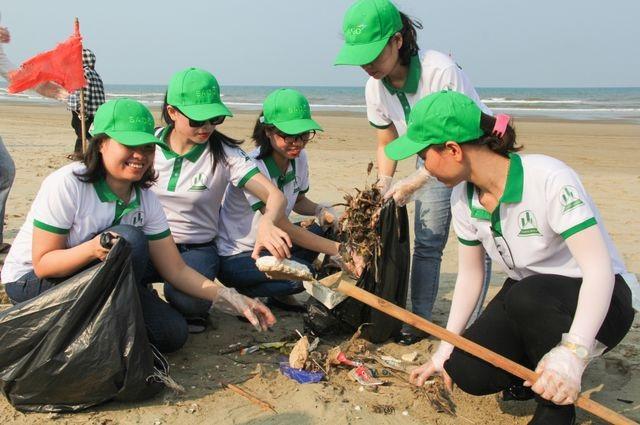 Chiến dịch làm sạch biển quy mô lớn dự kiến thu hút 100.000 người tham gia - 2
