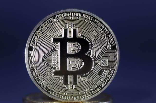 """Bitcoin bất ngờ quay đầu giảm """"sấp mặt"""", nhà đầu tư lo lắng - 1"""