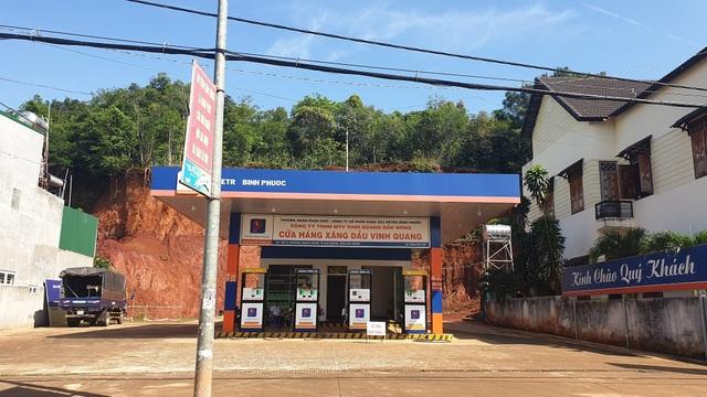 Khởi tố vụ án xăng dầu giả liên quan đến đại gia Trịnh Sướng - 1