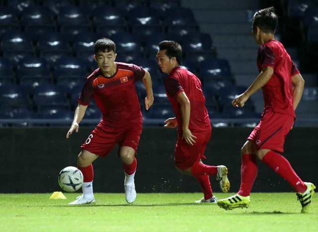 """Báo Thái Lan lo ngại hai """"tay trong"""" của đội tuyển Việt Nam - 1"""