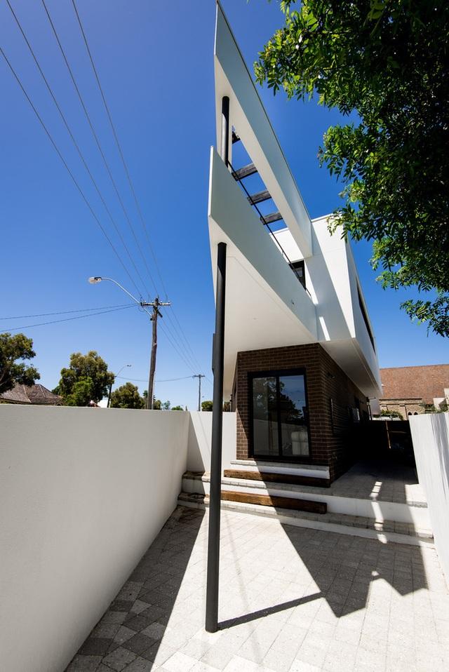 Xây nhà trên đất hình tam giác, kiến trúc sư vẫn tạo ra tác phẩm vạn người mê! - 7