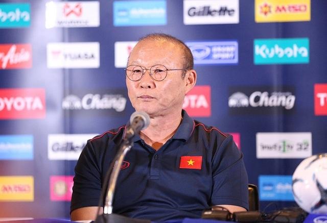 HLV Park Hang Seo: Chúng tôi không đánh giá thấp Thái Lan thì sao phải sợ họ - 1