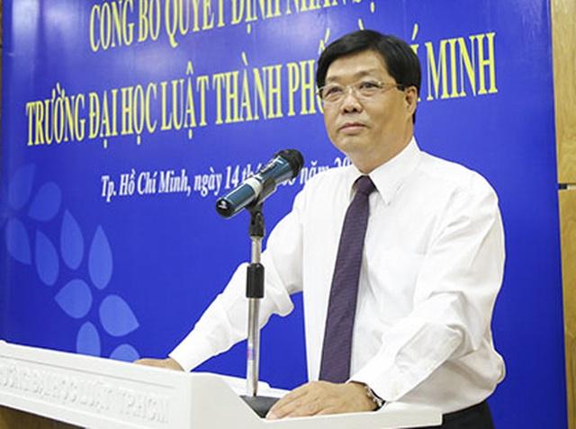Lãnh đạo trường ĐH Luật TP.HCM lên tiếng về việc hai phó giáo sư xin từ chức - 2