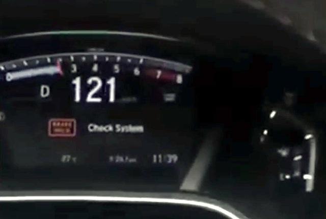 """Honda CR-V bị """"mất"""" chân phanh khi dùng kiểm soát hành trình? - 4"""