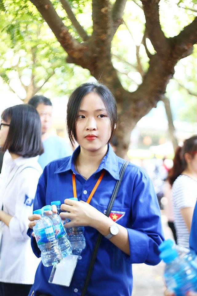 """Học sinh THPT Phan Đình Phùng gửi tặng các sĩ tử lời chúc """"ngọt như kẹo"""" - 6"""