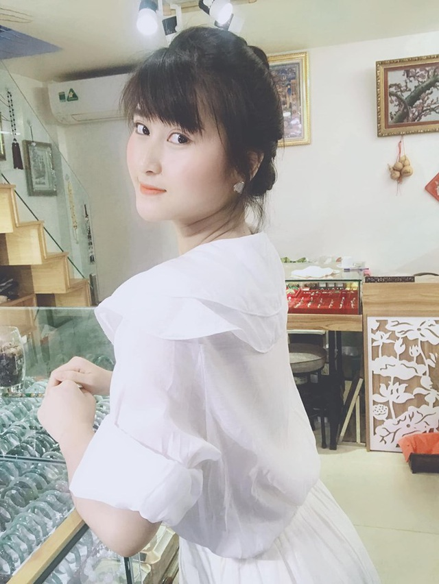 Hoàn hảo như bạn gái cầu thủ Huy Hùng: xinh, giỏi nấu ăn, kiếm tiền, chăm bạn trai - 9