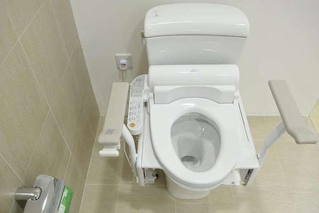 """Toilet thông minh ở Nhật có gì đặc biệt khiến du khách chỉ muốn """"ngồi mãi""""? - 1"""