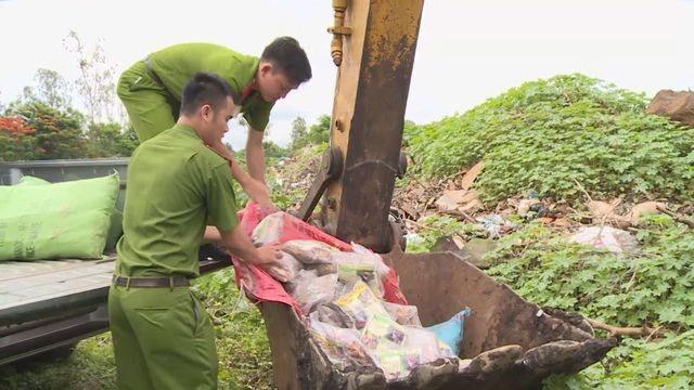 Tiêu huỷ trên 4 tấn thuốc Amakông không rõ nguồn gốc - 1