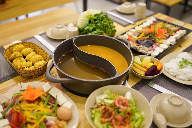 Thiên đường lẩu rau Léguda Đà Lạt có mặt ở Nha Trang, bạn biết chưa? - 5