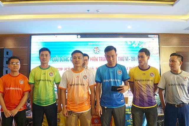Hà Tĩnh đăng cai tổ chức Giải bóng đá Báo chí miền Trung lần thứ VI - 2019 - 4