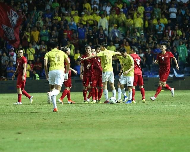 Thái Lan 0-1 Việt Nam (Hiệp 2): Anh Đức ghi bàn - 3