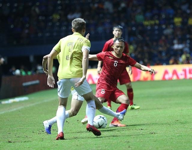 Thái Lan 0-1 Việt Nam (Hiệp 2): Anh Đức ghi bàn - 10