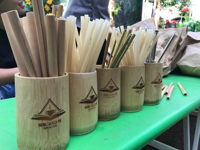 Đắk Lắk: Ý nghĩa chương trình đổi rác thải nhựa lấy rau sạch - 2