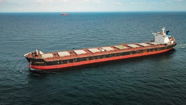 Cảng Hòn Nét đón tàu hàng rời có tải trọng lớn nhất từ trước tới nay vào làm hàng - 1