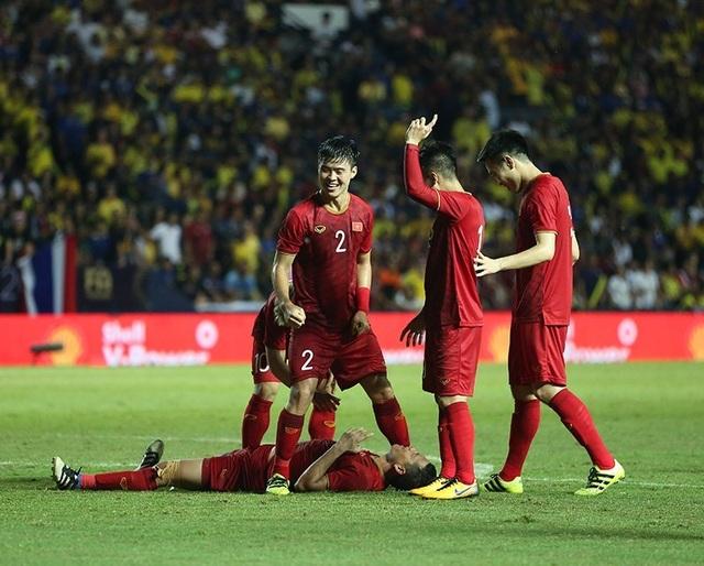 Thái Lan 0-1 Việt Nam: Bàn thắng phút bù giờ của Anh Đức - 3