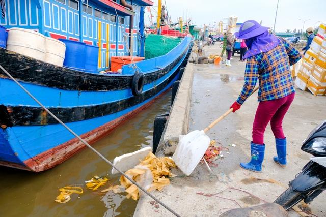 Triển lãm ảnh đầu tiên về rác thải nhựa Hãy cứu biển ở Việt Nam - 12