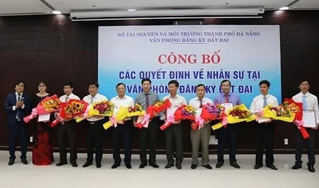 Đà Nẵng luân chuyển hàng loạt lãnh đạo, cán bộ quản lý đất đai - 1