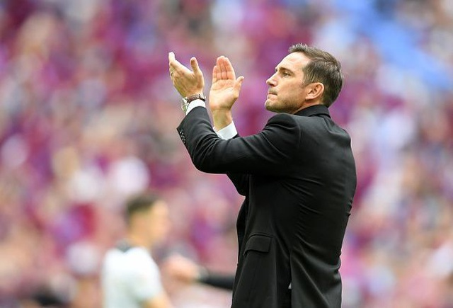 Ba ứng viên hàng đầu thay thế Sarri ở Chelsea - 4