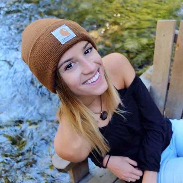 Nữ phượt thủ xinh đẹp trở thành người trẻ nhất đặt chân tới tất cả quốc gia trên thế giới - 3