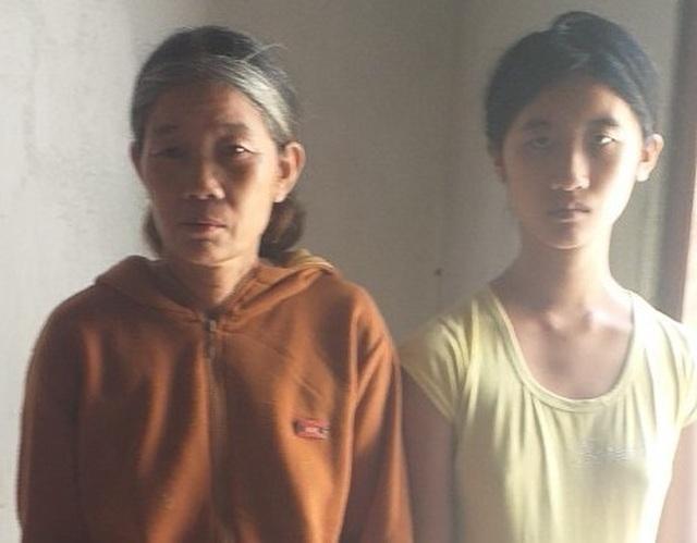 Xót xa số phận nghiệt ngã của cô gái bỏ cả tuổi thanh xuân nuôi mẹ già và 2 em tâm thần - 4