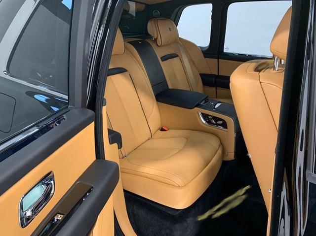 1 tháng 3 siêu xe Rolls-Royce Cullinan giá 45 tỷ về Hà Nội  - 5