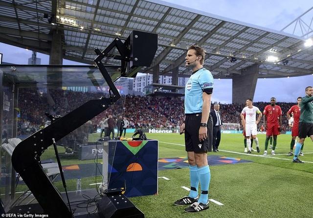 Bồ Đào Nha 3-1 Thụy Sỹ: Cú hattrick của C.Ronaldo - 6