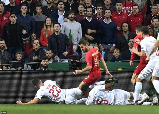 Bồ Đào Nha 3-1 Thụy Sỹ: Cú hattrick của C.Ronaldo - 5