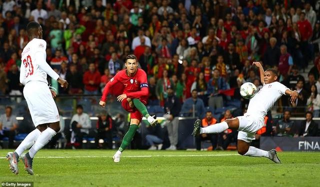 Bồ Đào Nha 3-1 Thụy Sỹ: Cú hattrick của C.Ronaldo - 2