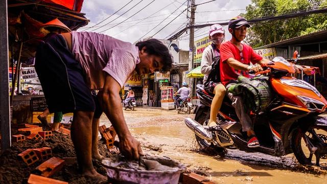 Dân công Hỏa tuyến - con đường đau khổ tại TP.HCM! - 5