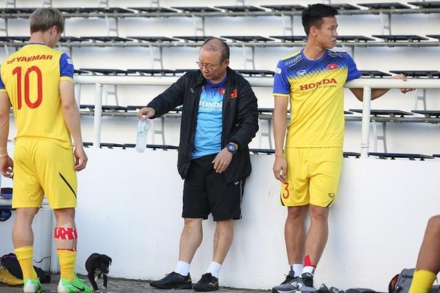 Thầy Park bí mật giao nhiệm vụ cho 5 cầu thủ trước trận gặp Curacao - 12