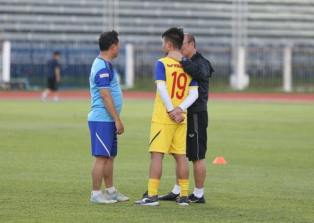 Thầy Park bí mật giao nhiệm vụ cho 5 cầu thủ trước trận gặp Curacao - 6