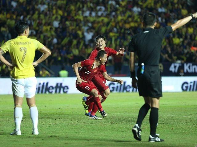 Chấm điểm trận Việt Nam 1-0 Thái Lan: Gừng càng già càng cay - 3