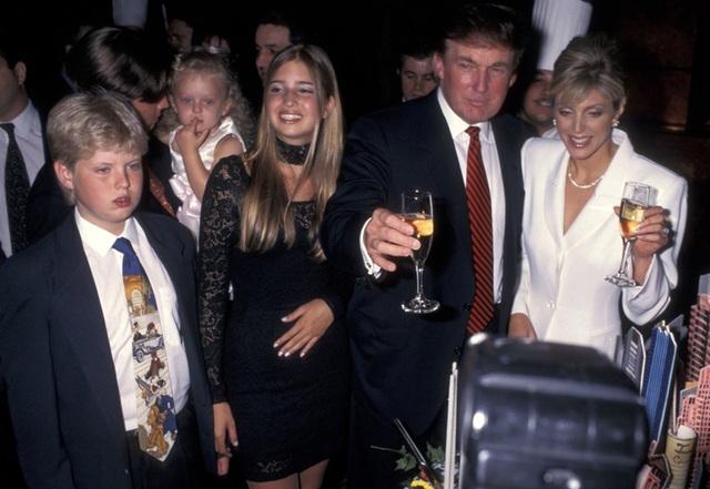 """Tiết lộ """"bí quyết"""" ông Trump giữ được tài sản """"khủng"""" sau ly hôn - 7"""