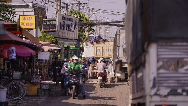 Dân công Hỏa tuyến - con đường đau khổ tại TP.HCM! - 9