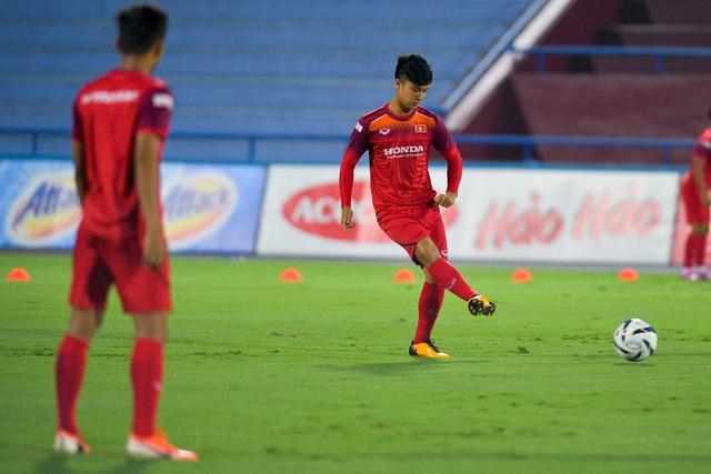 U23 Việt Nam rèn miếng đánh trước cuộc đấu với U23 Myanmar - 6