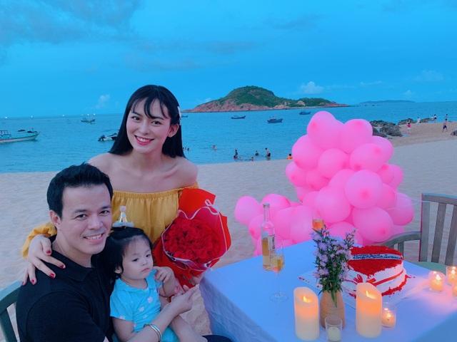 2 năm sau đám cưới chục tỷ, đại gia mía đường lại gây bất ngờ cho người đẹp - 8