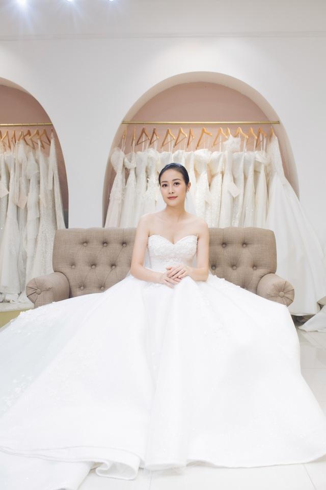 """Phí Linh - MC VTV trong vụ """"nhầm tên"""" thí sinh The Voice sắp kết hôn - 4"""