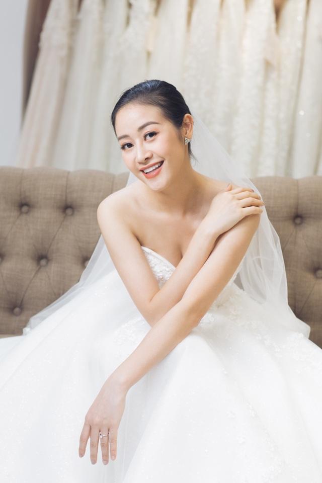 """Phí Linh - MC VTV trong vụ """"nhầm tên"""" thí sinh The Voice sắp kết hôn - 2"""