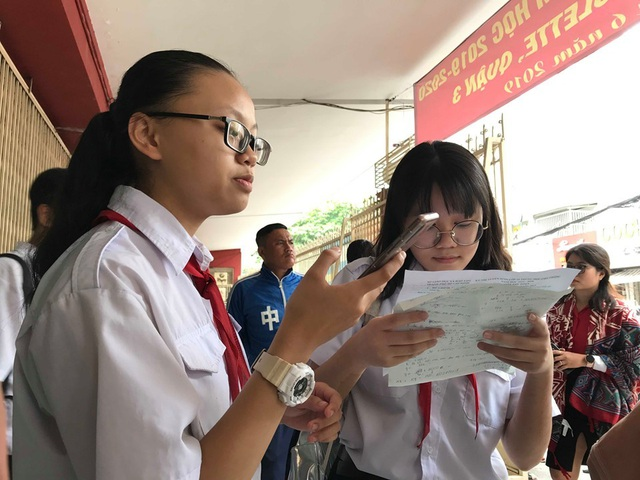 Nóng: TPHCM công bố đáp án môn Toán thi vào lớp 10 - 1