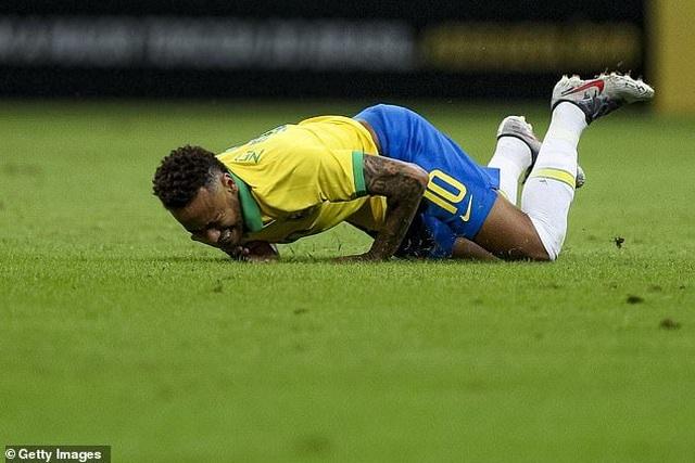 Neymar bật khóc sau khi lỡ hẹn với Copa America 2019 - 3