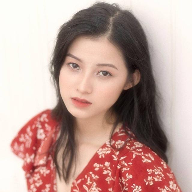 Ngỡ ngàng trước vẻ đẹp trong veo của thiếu nữ Bắc Giang - 1