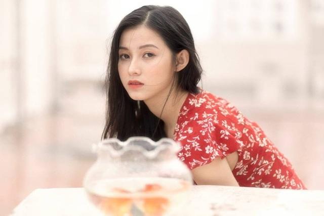 Ngỡ ngàng trước vẻ đẹp trong veo của thiếu nữ Bắc Giang - 2