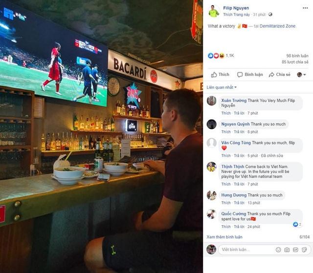 Thủ môn Filip Nguyễn chúc mừng chiến thắng của đội tuyển Việt Nam - 1