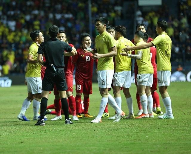 Càng đá càng sa sút, bóng đá Thái Lan có đi sai đường? - 2