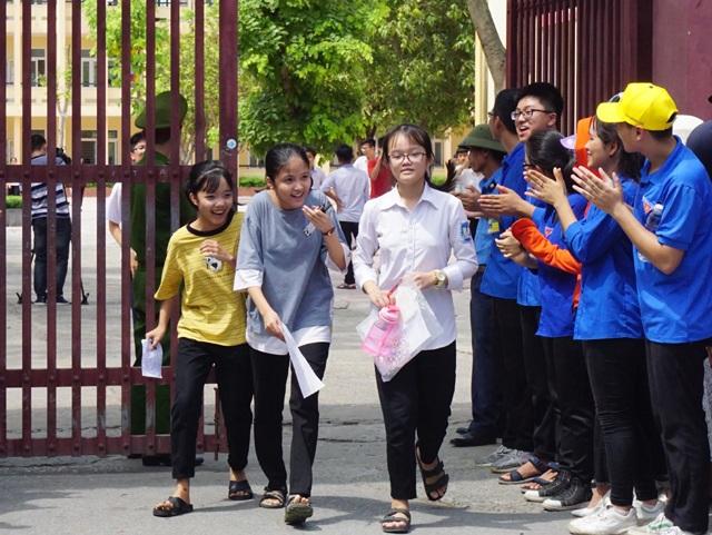 Tuyển sinh lớp 10 Nghệ An: 87 thí sinh vắng thi môn Ngữ văn, 2 thí sinh bị đình chỉ - 1