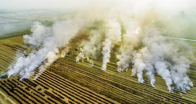 Thắt lòng xem cảnh đẹp, con người Việt Nam mờ ảo trong khói bụi - 8