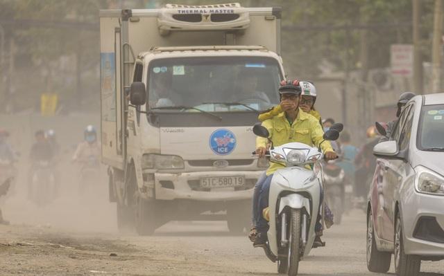 Thắt lòng xem cảnh đẹp, con người Việt Nam mờ ảo trong khói bụi - 5